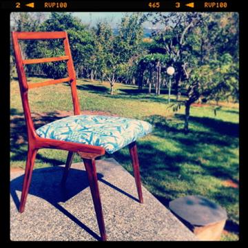 Cadeira Abacaxi, de jacarandá.