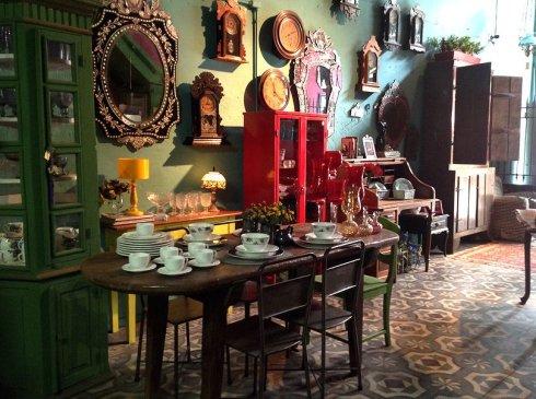 Um pedacinho da Scenarium Antique, loja de antiguidades do Rio Scenarium